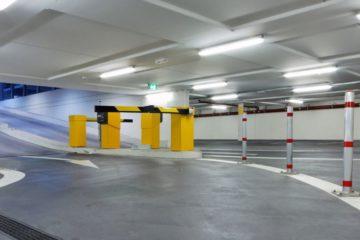 Réglettes LED Silamp dans un parking